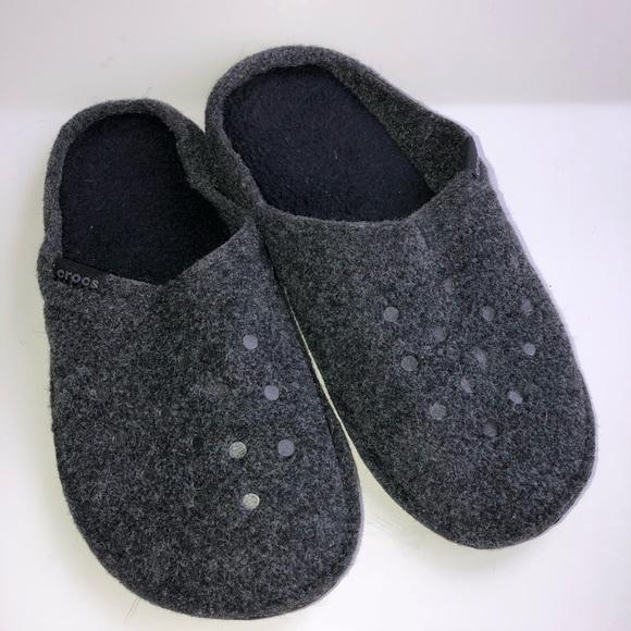 474c7c603f40 CROCS Shoes - 🔻Price Drop🔻Crocs Unisex House Slippers Gray